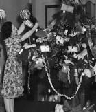 Christmas Tree in 2UW Studio, Hood 1937, image courtesy of the SLNSW
