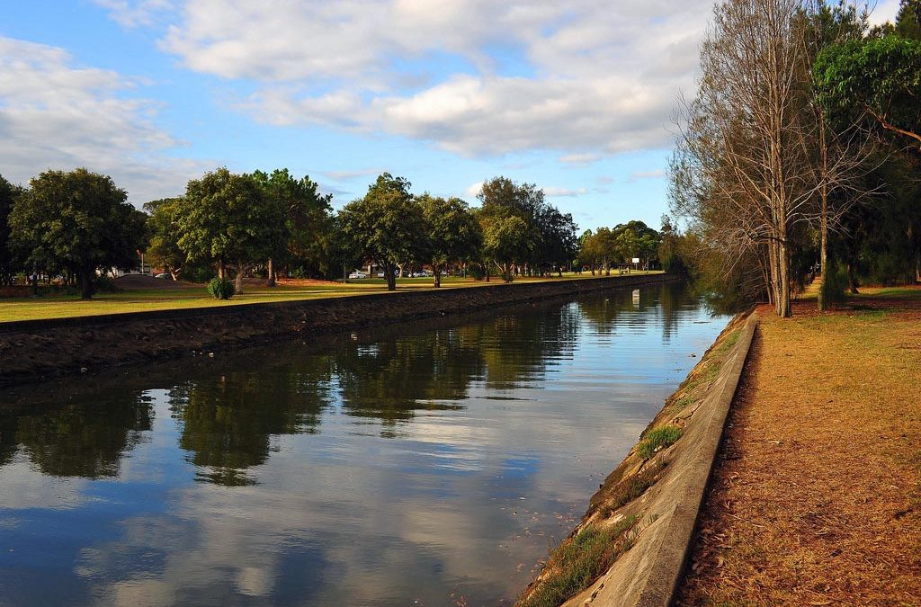 Exploring the History of Hawthorne Canal
